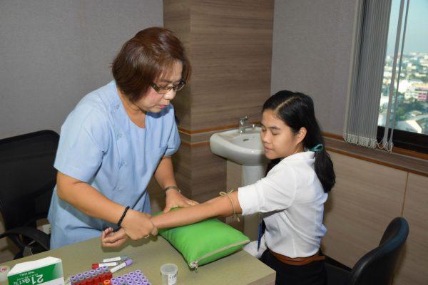 health-check-up_009